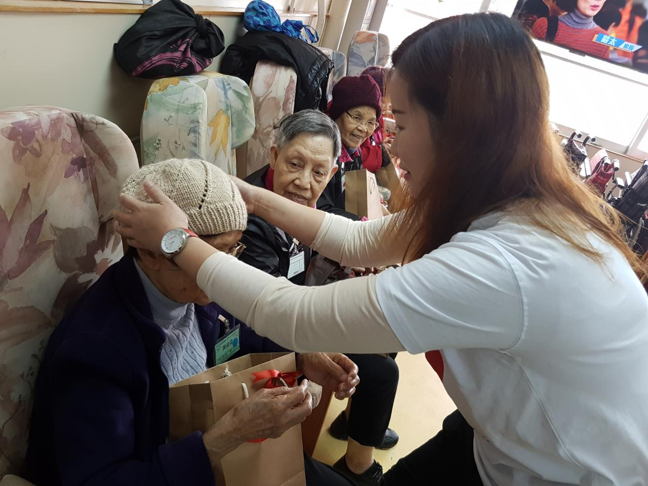 Corporate Partnership - Visit to the Elderly Homes